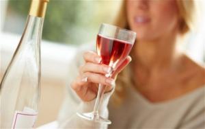 Алкоголь как одна из причин болезни