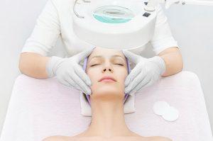 Зачем проводится аппаратная диагностика кожи перед процедурами