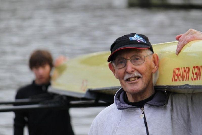 Чарльз Югстер-самый пожилой бодибилдер