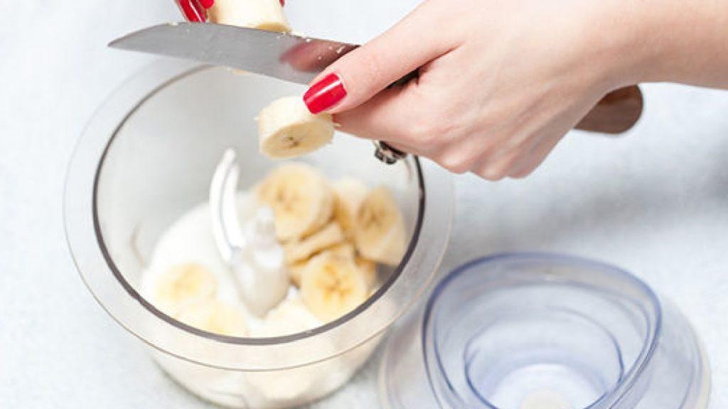 измельчить банан