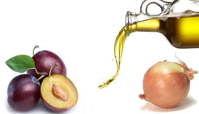 Лук, сливы и оливковое масло