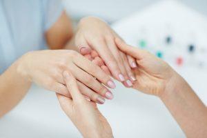 процедуры по омоложению кожи рук