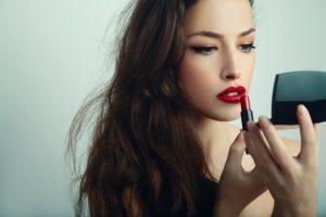 не использовать декоративную косметику после уколов гиалуронки