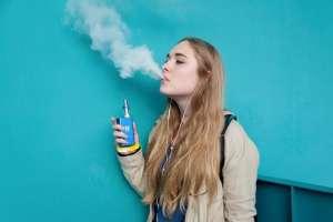 Вредно ли для здоровья курить вейп