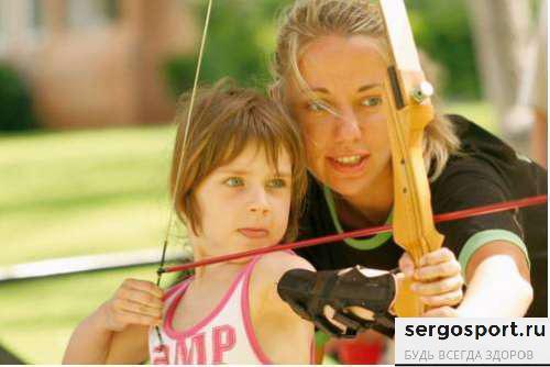 лучный спорт для ребенка
