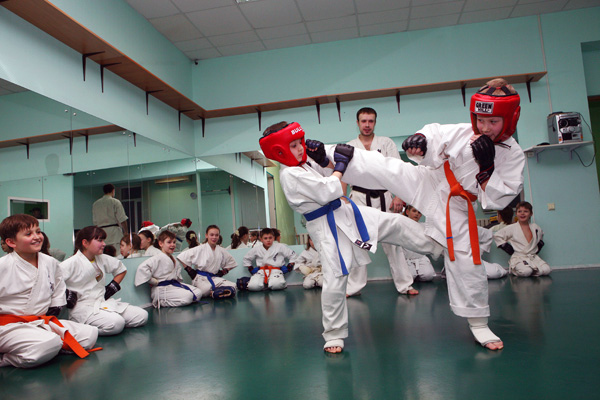 уроки в секции каратэ для детей